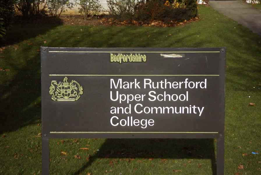 picture of Mark Rutherford school sign